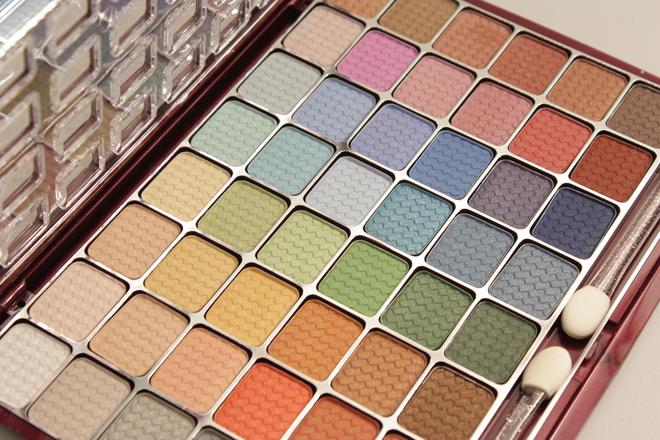 color-makeup-1145834